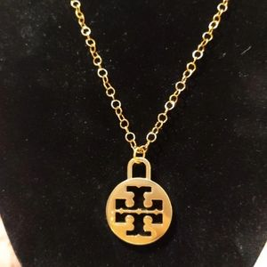 Tory Burch Large Logo Charm Gold Pltd Necklace New